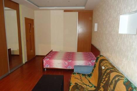 Сдается 1-комнатная квартира посуточнов Тюмени, ул. Малыгина, 6.