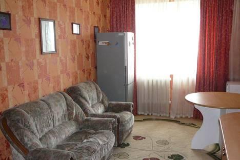 Сдается 2-комнатная квартира посуточнов Тюмени, ул. Холодильная, 138.