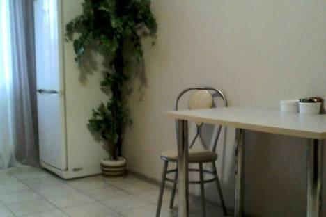 Сдается 1-комнатная квартира посуточно в Самаре, Ставропольская ул., 202.