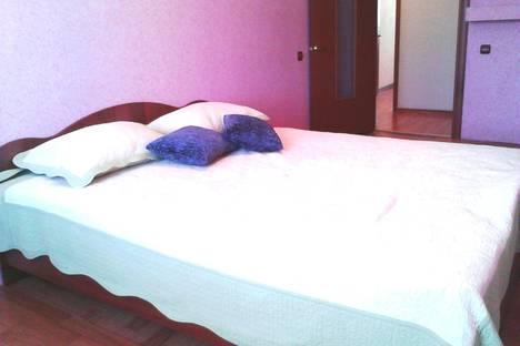 Сдается 2-комнатная квартира посуточно, ул. Урицкого, 157.