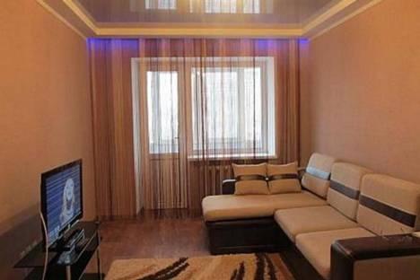 Сдается 3-комнатная квартира посуточно, ул. Земляной Вал, 25.