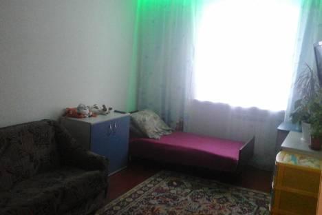 Сдается 2-комнатная квартира посуточно в Байкальске, Южный микрорайон, 4-й квартал, 13.