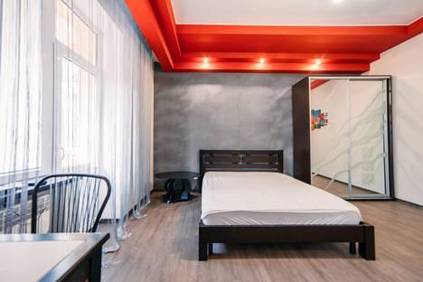Сдается 1-комнатная квартира посуточнов Керчи, ул. 51-й Армии, 4.