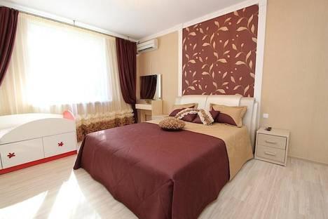 Сдается 2-комнатная квартира посуточно в Феодосии, Адмиральский бул. 7В.