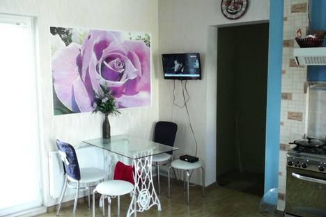 Сдается 3-комнатная квартира посуточнов Мирном, Краевского 10.