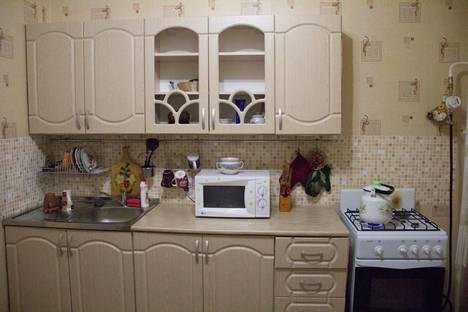 Сдается 1-комнатная квартира посуточнов Ижевске, ул. Кунгурцева Е.М., 17.