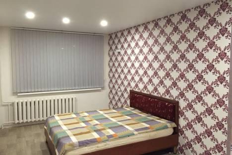 Сдается 2-комнатная квартира посуточнов Нефтекамске, Парковая 8в.