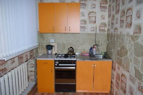 Сдается 2-комнатная квартира посуточно в Твери, ул. Трехсвятская, 31.