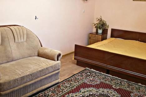 Сдается 1-комнатная квартира посуточнов Саранске, Володарского, 2.