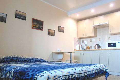 Сдается 1-комнатная квартира посуточно в Ижевске, ул. Ленина, 93.