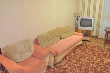 Сдается 2-комнатная квартира посуточно в Караганде, проспект Бухар жырау, 60.