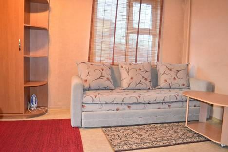 Сдается 1-комнатная квартира посуточно в Караганде, Ерубаева 33.