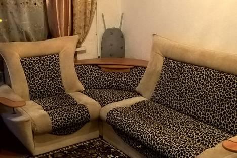 Сдается 1-комнатная квартира посуточнов Каменск-Уральском, Каменская, 11.