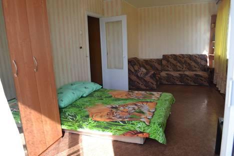 Сдается 1-комнатная квартира посуточно в Каменск-Уральском, Советская, 6.
