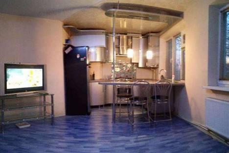Сдается 3-комнатная квартира посуточно в Кривом Роге, ул. Коротченко, д. 18.