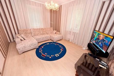 Сдается 2-комнатная квартира посуточнов Орджоникидзе, улица Красноармейская, 12.