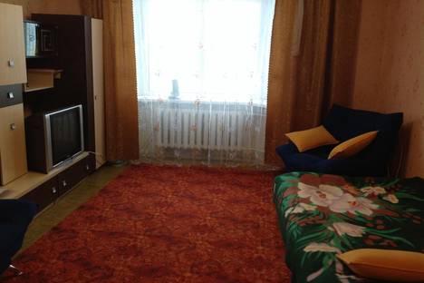 Сдается 2-комнатная квартира посуточно в Надыме, ул. Набережная им Оруджева С.А., 2.