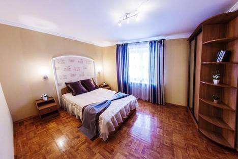 Сдается 2-комнатная квартира посуточно, Проспект Октября 84.