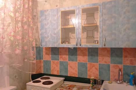 Сдается 1-комнатная квартира посуточно в Усть-Илимске, ул. Георгия Димитрова, 9.