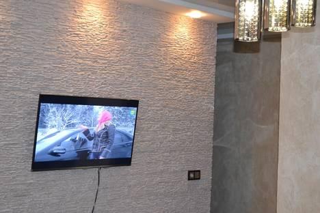 Сдается 1-комнатная квартира посуточно в Саратове, чапаева 4 ильинская площадь.