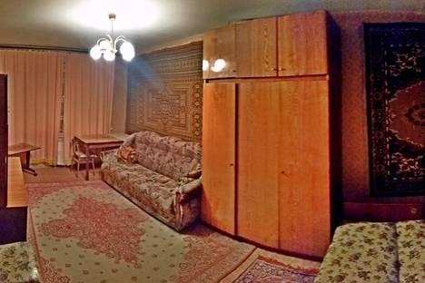 Сдается 1-комнатная квартира посуточнов Омске, ул. Декабристов, 110.