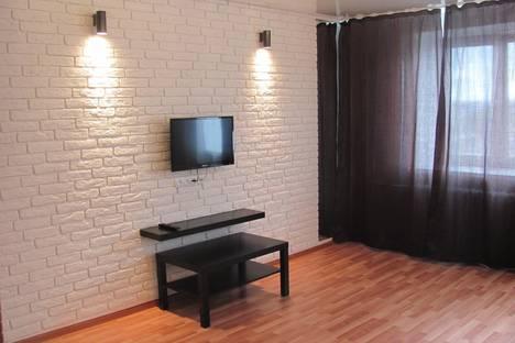 Сдается 1-комнатная квартира посуточнов Туймазах, ул. Комарова, 32.