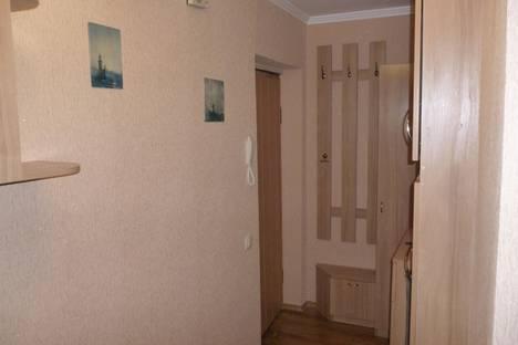 Сдается 2-комнатная квартира посуточно в Севастополе, Гагарина 14.
