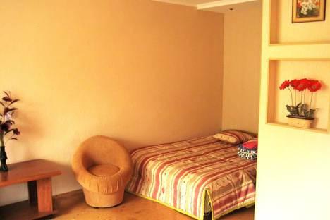 Сдается 1-комнатная квартира посуточнов Омске, Иртышская набережная 28.