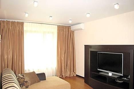Сдается 1-комнатная квартира посуточнов Чебоксарах, Тракторостроителей проспект, 28.