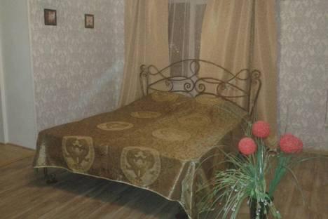 Сдается 2-комнатная квартира посуточно в Астрахани, Боевая 126 кор 5.