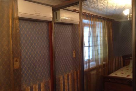 Сдается 2-комнатная квартира посуточно в Подольске, ул. Пионерская, 18.