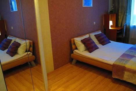 Сдается комната посуточнов Екатеринбурге, Родонитовая 9.
