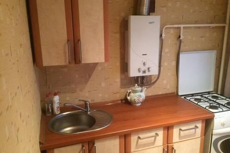 Сдается 1-комнатная квартира посуточнов Новочеркасске, ул.Буденновская 171/1.