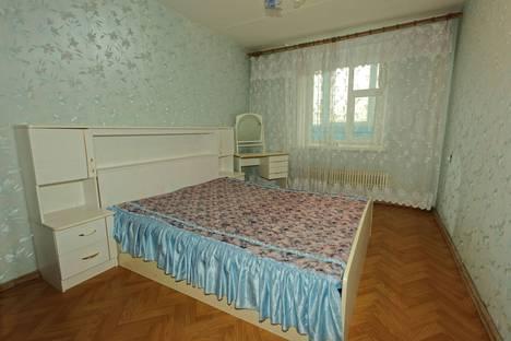 Сдается 3-комнатная квартира посуточно в Казани, проспект Фатыха Амирхана, 21.