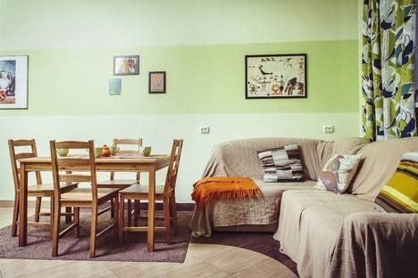 Сдается 3-комнатная квартира посуточнов Санкт-Петербурге, ул. Тележная, 30.