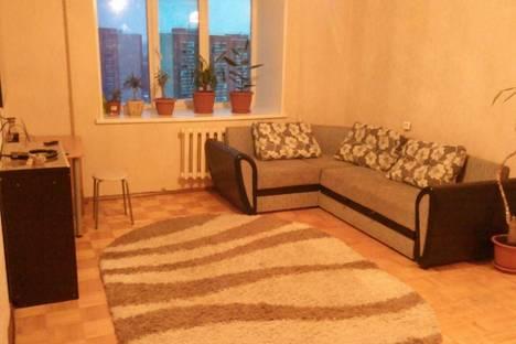 Сдается 1-комнатная квартира посуточнов Ижевске, Полесская, 16.