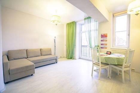 Сдается 2-комнатная квартира посуточно в Петрозаводске, проспект Ленина, д.38.