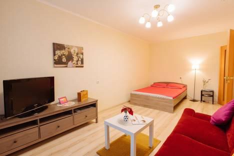 Сдается 1-комнатная квартира посуточно, ул. Суворова, 37.
