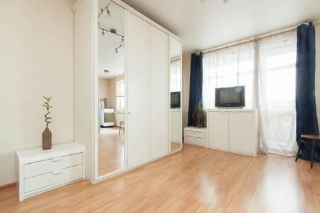 Сдается 2-комнатная квартира посуточно в Екатеринбурге, Восточная,8.