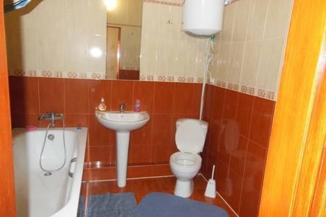 Сдается 1-комнатная квартира посуточно в Броварах, Грушевского 21.