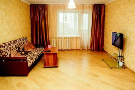 Сдается 2-комнатная квартира посуточно в Барнауле, Красноармейский 69б.