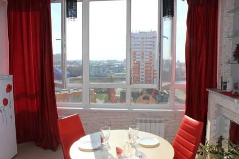 Сдается 2-комнатная квартира посуточно в Орле, переулок Речной, 6.