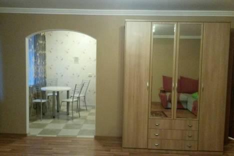 Сдается 1-комнатная квартира посуточнов Тюмени, ул. Киевская, 68.
