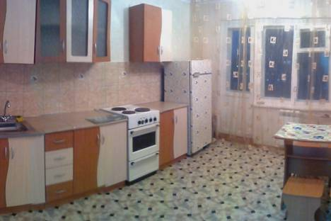 Сдается 1-комнатная квартира посуточнов Усть-Илимске, Молодежная, 10.
