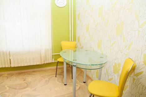 Сдается 2-комнатная квартира посуточно в Южноуральске, Сергея Буландо, 4.