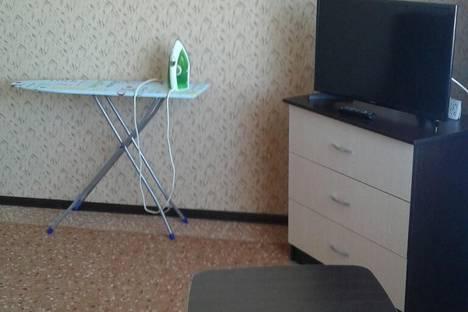 Сдается 2-комнатная квартира посуточнов Прокопьевске, 10 микрорайон, 18.
