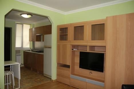 Сдается 1-комнатная квартира посуточнов Гагре, район Веселое, ул. Мира, 25.