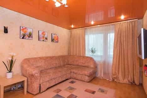Сдается 2-комнатная квартира посуточнов Екатеринбурге, ул. Чкалова, 119.