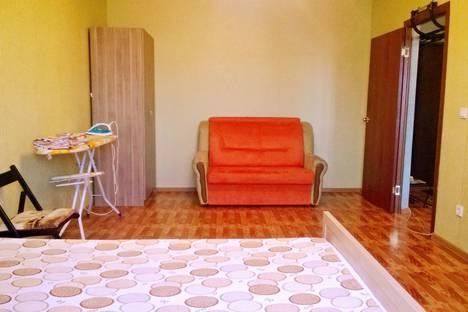 Сдается 1-комнатная квартира посуточнов Краснодаре, ул. Академика Лукьяненко, 12.