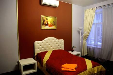 Сдается 4-комнатная квартира посуточнов Санкт-Петербурге, Марата 39.